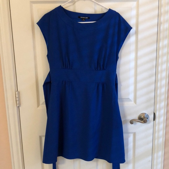 Gianni Bini Dresses & Skirts - Blue dress with tie in back